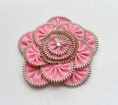 Floral Brooch pink/ Zipper Pin design