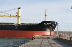 MS Mazury  is equipped with 4 cranes on board a range from 4 to 28 meters and a lifting capacity of 30 tons and 5 hold for transporting ore, coal, fertilizers, grains of phosphates or other bulk cargoes.