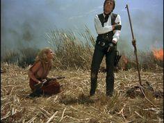 Ursula Andress e Alain Delon - Sole rosso