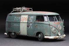 HASEGAWA 1/24 scale VW Type2 Delivery Van (1967). By Apoloniusz Musialek. #Volkswagen #model_cars #scale_model http://mastermodels.blogspot.com/2011/02/vw-van-weathering.html