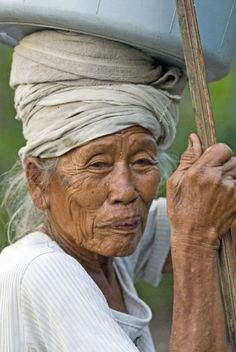 Balinese matriarch. #travel #photography #nomadsclub    Twitter: @nomadsnetwork  Web: http://pavelgospodinov.com  FB: https://www.facebook.com/travelartphotography