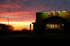 Sunrise alert! MOD Lisa snapped this picture right as she was opening up shop this morning. Couldn't wish for a better view! #lakesuperiorsunrise #WFCHillside #duluthmn