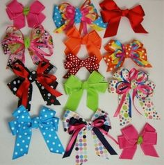 This video is how to make a perfect bow. This is an easy hair bow video to describe to to make a simple hair bow for the . How to Make a Bow Make Simple Ea. Making Hair Bows, Diy Hair Bows, Bow Making, Diy Bow, Fun Crafts, Diy And Crafts, Crafts For Kids, Hair Bow Tutorial, Flower Tutorial