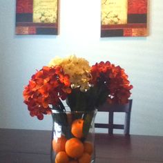 Summer dining table centerpiece