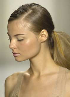 magdalena frackowiak at donna karan ss 08 More beautiful pictures on http://ideasforbeautypic.com