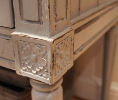 Состаренная мебель: покраска под старину