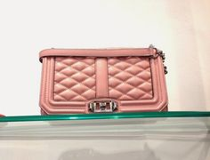 Agua del Carmen Shop in Milan Chanel Boy Bag, Rebecca Minkoff, Milan, Luxury Fashion, Shoulder Bag, Jewels, Boutique, Stylish, Hats