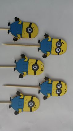 Lilly K Minion party decor 1 R55 for a pack of 5