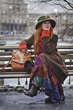 Love this skirt!! This outfit reminds me a bit of the bird lady 'feed the birds...' A little too frumpy for my taste. The coat is too drab