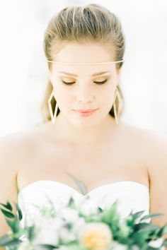 How To Feel Sexy (While Looking Classy!) on your Wedding Day   Charlotte Munro   Sanshine Photography   Bridal Musings Wedding Blog