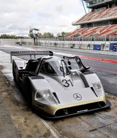 Le Mans, Mercedes Benz, Sports Car Racing, Sport Cars, Gt Cars, Race Cars, Lemans Car, Audi 1, Go Kart Tracks