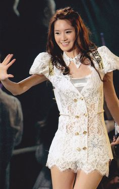 Lace Outfit ( #kpop #snsd #yoona #lace #concert ) #snsd #girlsgeneration #fashion #style #asianfashion #kpop #kmusic