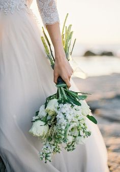 SUNSHINE COAST A DARLING AFFAIR   TICKET GIVEAWAY // #white #green #flowers #bouquet #longstem #rose #ocean #nautical #natural #wedding #bride #inspiration