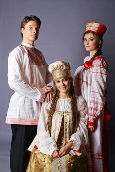 RUSIA - traditional costumes