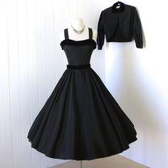 vestido vintage 1950.. .classic nunca usado R & K ORIGINAL negro tafetán y terciopelo falda cóctel vestido y bolero chaqueta