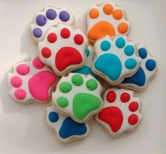 Hey, I found this really awesome Etsy listing at https://www.etsy.com/listing/258361479/paw-dog-theme-sugar-cookies-mini-or