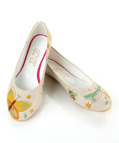 These White & Marigold Butterfly Ballet Flat are ao pretty! Link through my pin for access to this or any sale on the Zulily site & once you place your pIace your 1st order, I will receive a $15 credit. After your transaction completes, you'll earn your own unlimited credits when you share your link, then Simone you share with places an order. AMAZING right? We get rewarded for saving people money! YAY FOR US ALL, Right!?