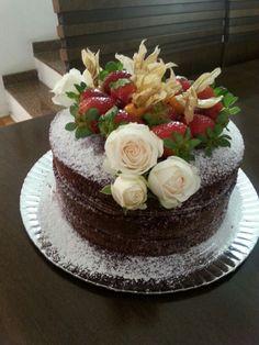 Chocolate / strawberries naked cake