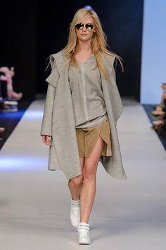 Gatta uzupełniła kreacje Łukasza Jemioła o swoje produkty! #Gatta #ŁukaszJemioł #Fashion #FashionPhilosophy #FashionPhilosophyFashionWeekPoland #FashionWeekPoland #runway #collection #pokaz #tydzienmody #moda #lodz