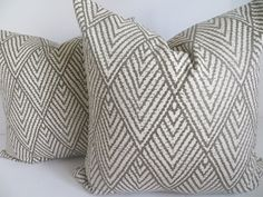Pillow Cover, Brown, Taupe , Beige Pillow, Decorative Pillow, Home Decor Pillow- Chevron pillow- Zig zag pillow - Home Pillow