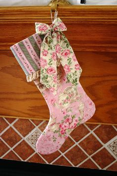 Christmas Stocking Pattern PDF FREE Big Bow Pattern Victorian, Shabby Chic, Traditional Holiday Decoration