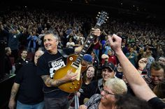 A couple of hours before Pearl Jamplayed the Colonial Life Arena in Columbia, South Carolina, on April 21st, guitaristMike McCready called into Rolling Sto...