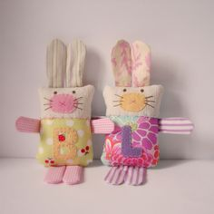 Softie bunnies order by Roxy Creations, via Easter Crafts, Felt Crafts, Fabric Crafts, Crafts For Kids, Arts And Crafts, Diy Crafts, Sewing Toys, Sewing Crafts, Sewing Projects