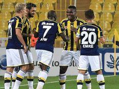 #fenerbahçe #spor  Fenerbahçe Can Bartu Tesislerinde antremanlı saatler geçiriyorlar.