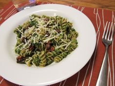 Pasta with Kale and Walnut Pesto