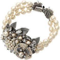 Flower motif pearl bracet / ShopStyle: Miriam Haskell (ミリアム ハスケル) フラワーモチーフ3連パールブレスレット
