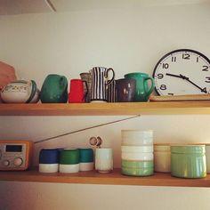 Vis mig dit køkkentøj! Her er Saras eget udvalg af Riess' opbevaringsdåser. Købt for længe siden i det store udland inden Sara lavede smalt. #riessemaille #emalje #køkkentøj #smaltdk #smaltdktagerform #co2neutral #bæredygtig #vismigditkøkkentøj #opbevaringsdåser