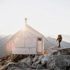 Home for the night in the North Cascades. Hidden Lake Lookout Cabin, WA. Photo: @taylormichaelburk Follow us on Instagram: @upknorth