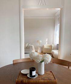 Living Spaces, Living Room, Interior Inspiration, Cribs, Oversized Mirror, Interior Design, Furniture, Home Decor, Kitchens