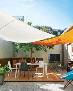 L'ombra e il colore: tutto in una tenda! L'ideale per il tuo spazio esterno, perfetta per un cortile.