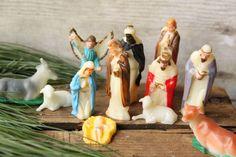 Vintage Plastic Nativity Set   Miniature by PhoebesTreasureChest