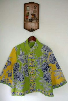 ygv Blouse Batik, Batik Dress, Blouse And Skirt, Blouse Dress, Batik Kebaya, Batik Fashion, Boho Kimono, Dress Sewing Patterns, Asian Style