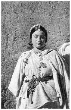 Jewish woman, Todra, Morocco