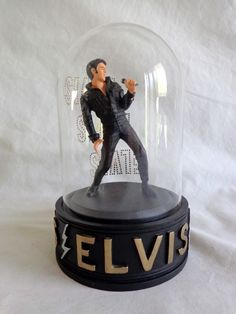 AUCTION ENDS WED 5-20: Elvis Presley Music Box MISPRINT ON DOME Heartbreak Hotel Real Voice 1995