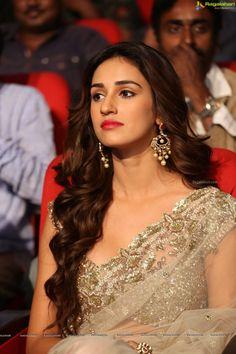Bollywood Actress Disha Patani Photo Gallery