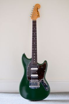 custom Fender Mustang | marchwood guitars