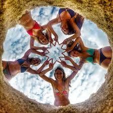 Billedresultat for gopro beach ideas Best Friend Pictures, Bff Pictures, Friend Photos, Beach Pictures, Cool Pictures, Cool Photos, Gopro Photography, Creative Photography, Beach Photography Friends