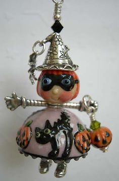 Fresh Jewelry Information, Facts And Fashion Halloween Beads, Halloween Jewelry, Halloween Projects, Halloween Stuff, Fall Jewelry, Holiday Jewelry, Beaded Jewelry, Jewlery, Jewelry Design