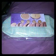 Tarte Foundation Sampler and makeup bag Unopened and unused makeup bag and tarte Foundation Sampler tarte Makeup Foundation