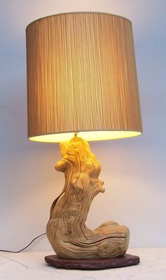 Dtiftwood Lamp with Match Stick Shade por DJandPvintage en Etsy