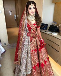 #meerasakhranibeauty #lovequotes #beautyofwomen #hairstyles #indianbride #brideoflove #loveyourself #haircare #openhair #indianculture #delhiartist