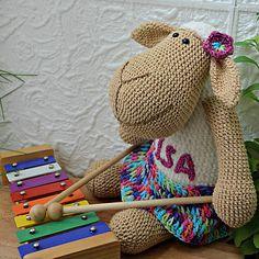 ZZtvori / Ovečka Lisa Crochet Projects, Lisa, Create, Handmade, Hand Made, Handarbeit