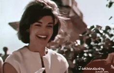 First Lady Mrs Jacqueline Kennedy's Trip to India and Pakistan, March 1962. ❤❁❤❁❤❁❤❁❤❁❤ http://www.jfklibrary.org/Asset-Viewer/fIAu7iZTSkaxouEFejMsdw.aspx