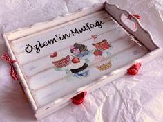 CUPCAKE TRAY - Hand Paint (This is Originally made by Mirayshandmades - Miray Yildizli Taskiran From Turkey) mirayshandmades@gmail.com