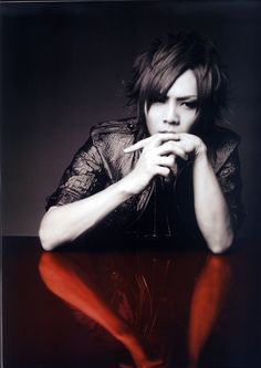 Kai/hey, I want to write you. Like, a lot. (This is Mirriam's fault, btw. The Gazette Band, Aoi The Gazette, Kai, Drum Band, Popular Bands, Dir En Grey, Most Beautiful People, Rare Pictures, Photo Makeup
