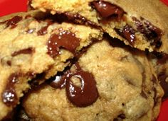 Mystery Lovers' Kitchen: Dormitory Currency, Krista's Chocolate Chip Cookies